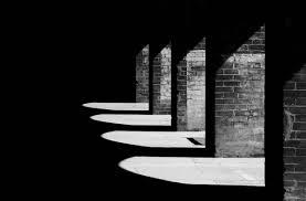 luci e ombre finanziaria