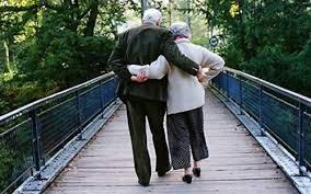 coppie di anziani
