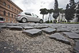 buche strade Roma